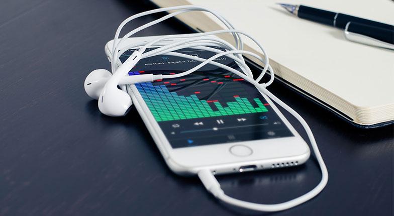 s1 - Top 14 Criteria in Buying the Best Smartphone